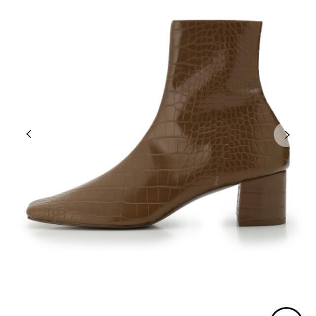 snidel(スナイデル)のSNIDEL スクエアショートブーツ レディースの靴/シューズ(ブーツ)の商品写真