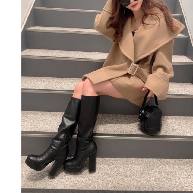 ENVYM(アンビー)のビックカラーベルトコート レディースのジャケット/アウター(ダウンコート)の商品写真