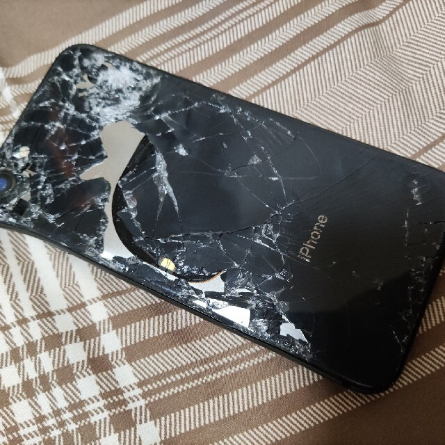 iPhone8 スマホ/家電/カメラのスマートフォン/携帯電話(スマートフォン本体)の商品写真