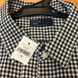ギャップ(GAP)の新品、未使用 GAP ギャップ チェックシャツ XS(シャツ/ブラウス(長袖/七分))