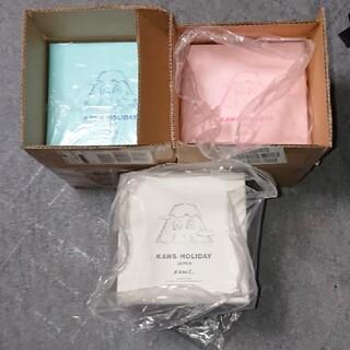 メディコムトイ(MEDICOM TOY)のKAWS Mount Fuji Plush 3種セット 激安(ぬいぐるみ)