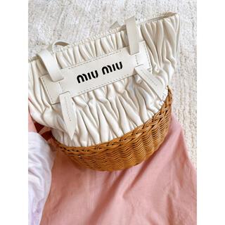 miumiu - miumiu かごバッグ  ショルダーバッグ ミュウミュウ バスケットカゴバッグ