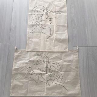 スリーコインズ(3COINS)の3coins ファブリックポスター 2枚(その他)