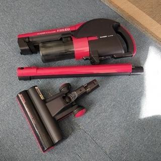シャープ(SHARP)のSHARP サイクロン 掃除機 EC-SX320-R(掃除機)