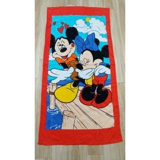 ディズニー(Disney)の[未使用品]Disney  ミッキーとミニーの大判バスタオル(タオル/バス用品)