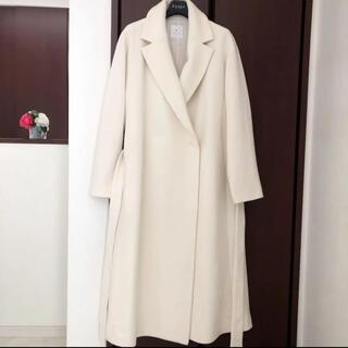 エポカ(EPOCA)の極美品‼️【エポカEPOCA】上品なウールベルテッドコート オフホワイト白(ロングコート)