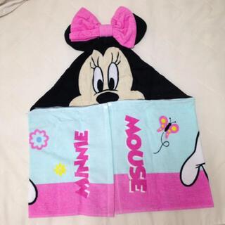ディズニー(Disney)の新品☆フード付きタオル☆ミニー(タオル/バス用品)