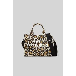 MARC JACOBS - MARC JACOBS THE LEOPARD MINI TRAVELER TO