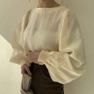 Kastane - amiur airy soft blouse