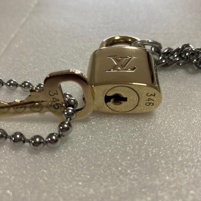 LOUIS VUITTON(ルイヴィトン)のLOUISVUITTON パドロック カデナ 南京錠 鍵有り 346 メンズのアクセサリー(ネックレス)の商品写真