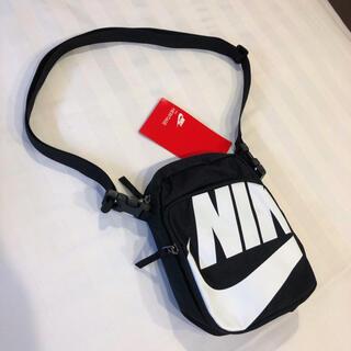 NIKE - 海外限定 NIKE ナイキ 新品 ショルダーバッグ リュック 黒 シンプル正規品