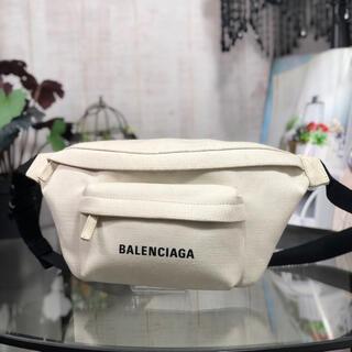 Balenciaga - BALENCIAGA エブリデイ ボディーバッグ バレンシアガ