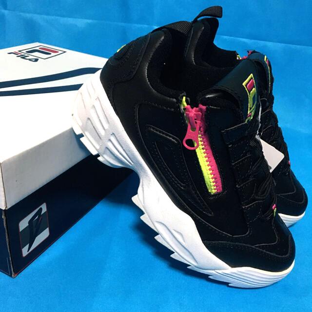 FILA(フィラ)の【FILA】ディスラプター3 ZIP 厚底ダッドスニーカー【ブラック/ホワイト】 レディースの靴/シューズ(スニーカー)の商品写真