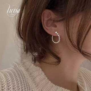 アーカー(AHKAH)の新品♪ round zirronia pierce☆S925 post(ピアス)