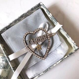 ディオール(Dior)のChristian Dior クリスチャンディオール ブローチ(ブローチ/コサージュ)