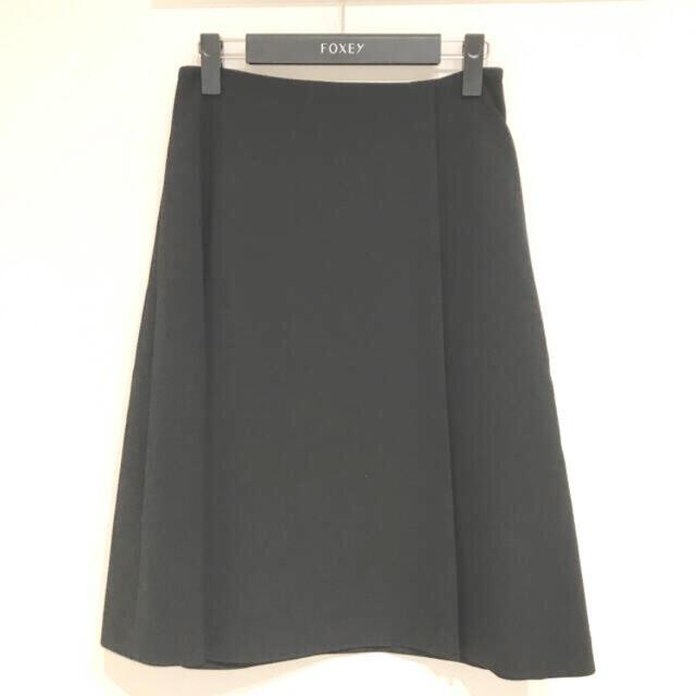 FOXEY(フォクシー)のご専用フォクシー☆2020クリスマスアウトレットパック おまけ付き レディースのスカート(ひざ丈スカート)の商品写真