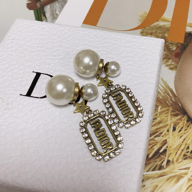 Dior(ディオール)のピアス レディースのアクセサリー(ピアス)の商品写真