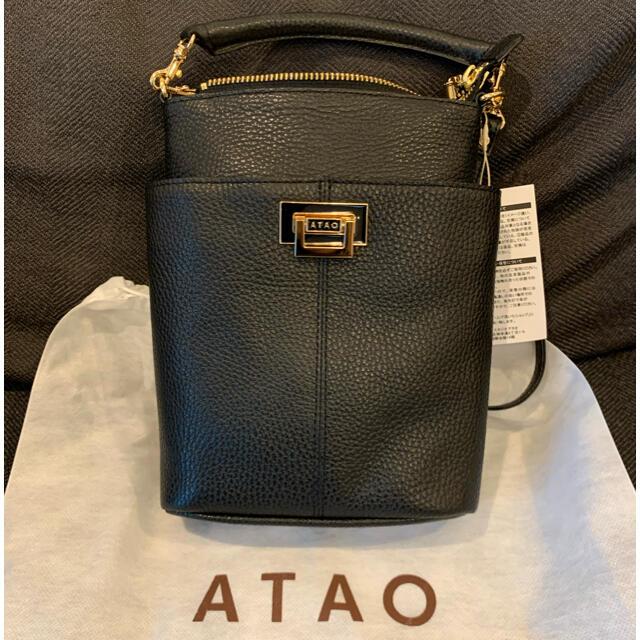 ATAO(アタオ)のATAO  新作 ホリデー ブラック 未使用 レディースのバッグ(ショルダーバッグ)の商品写真