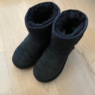 UGG - UGG アグ キッズ ムートンブーツ 黒 17.5cm 男女兼用