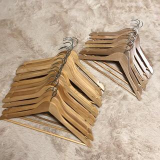 ニトリ(ニトリ)の木製ハンガー 大14本 小7本(押し入れ収納/ハンガー)