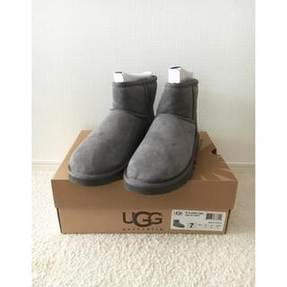 ドゥーズィエムクラス(DEUXIEME CLASSE)のUGG クラシックミニ ショートブーツ size7 グレー(ブーツ)
