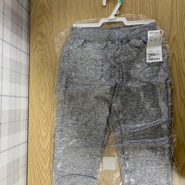 UNIQLO(ユニクロ)の100サイズ スウェットパンツ キッズ/ベビー/マタニティのキッズ服男の子用(90cm~)(パンツ/スパッツ)の商品写真