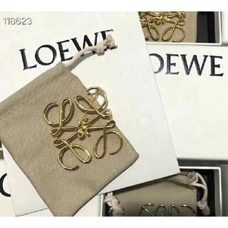 LOEWE - NO. 002 LOEWE ブローチ ゴールド