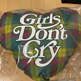 ジーディーシー(GDC)のGirls Don't Cry クッション 伊勢丹(クッション)