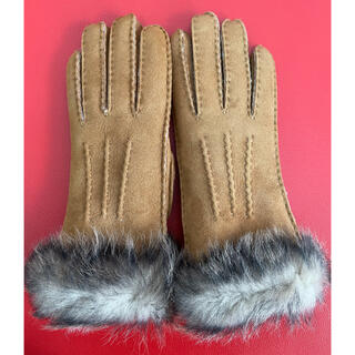 アグ(UGG)の【新品】UGG 手袋 Mサイズ(手袋)