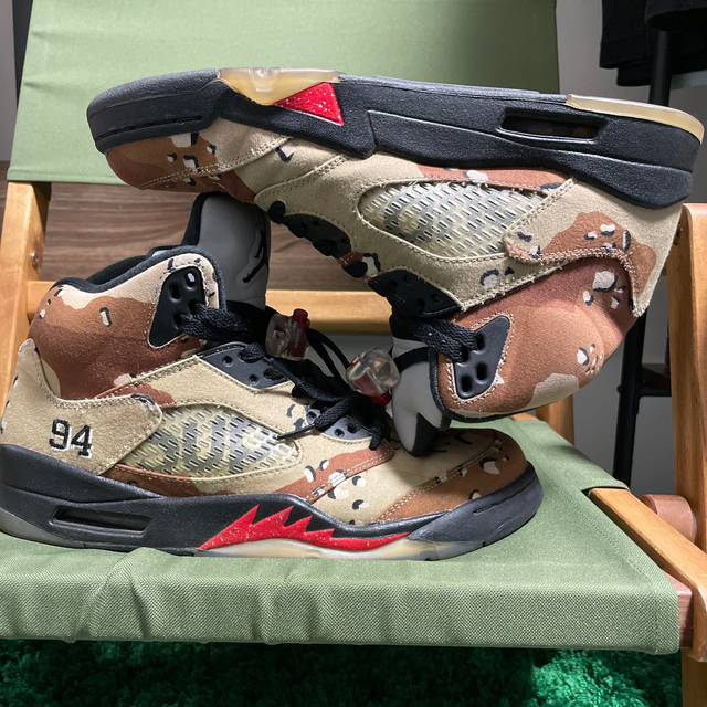 Supreme(シュプリーム)のsupreme jordan5 デザートカモ メンズの靴/シューズ(スニーカー)の商品写真