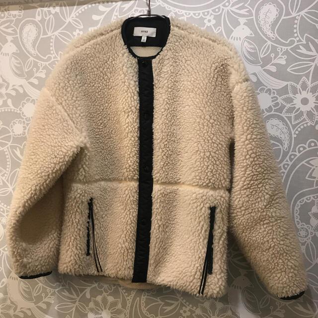 HYKE(ハイク)のhyke ボアジャケット レディースのジャケット/アウター(ブルゾン)の商品写真