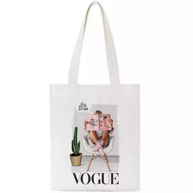 ZARA(ザラ)の【値下げ】VOGUE トートバッグ エコバッグ 女の子 イラスト かわいい レディースのバッグ(トートバッグ)の商品写真