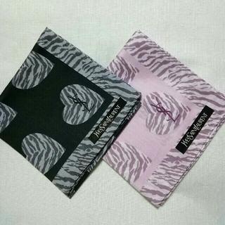 イヴサンローランボーテ(Yves Saint Laurent Beaute)の専用イヴ・サンローランハンカチ2枚組 ♥ブラック&ピンク♥3枚(ハンカチ)