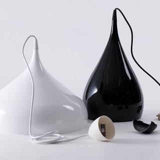 イッタラ(iittala)の&tradition Spinning Light ホワイト ライト(蛍光灯/電球)