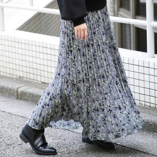 LOWRYS FARM - 【LOWRYS FARM】花柄プリーツスカート