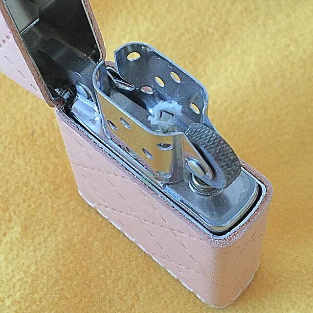 ZIPPO(ジッポー)のZIPPO 新品未使用 本革レザー ステッチライン 極美品 メンズのファッション小物(タバコグッズ)の商品写真