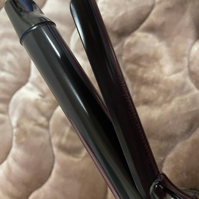 Lumiere Blanc(リュミエールブラン)の早い者勝ちヘアビューロン 4D Plus [カール] (26.5㎜) スマホ/家電/カメラの美容/健康(ヘアアイロン)の商品写真