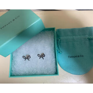 Tiffany & Co. - 美品 Tiffany ティファニー シルバー リボン ピアス