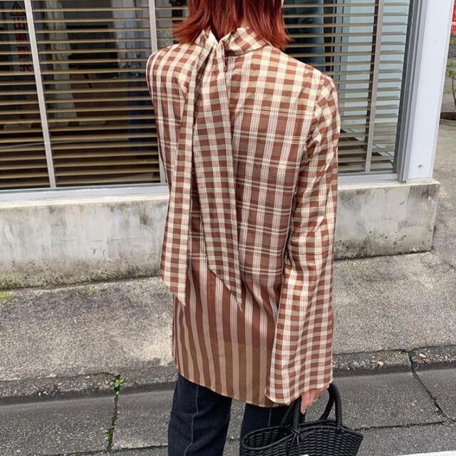 mame(マメ)のmame kurogouchi  ribbon tie shirt レディースのトップス(シャツ/ブラウス(長袖/七分))の商品写真