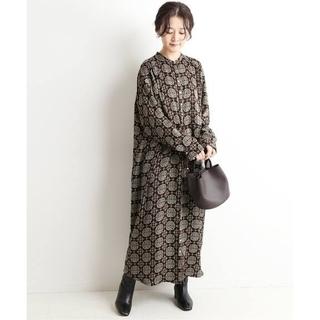 IENA SLOBE - スローブイエナ☆ビンテージタイル柄プリントシャツワンピース 新品ブラック
