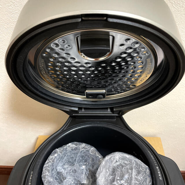 BALMUDA(バルミューダ)のBARUMUDA The Gohan 炊飯器 スマホ/家電/カメラの調理家電(炊飯器)の商品写真