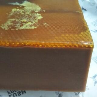 ラッシュ(LUSH)のLUSHみつばちマーチ 900g(ボディソープ/石鹸)