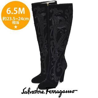 サルヴァトーレフェラガモ(Salvatore Ferragamo)のほぼ新品❤️フェラガモ 刺繍 ベルベット ロングブーツ 6.5M(23.5-24(ブーツ)