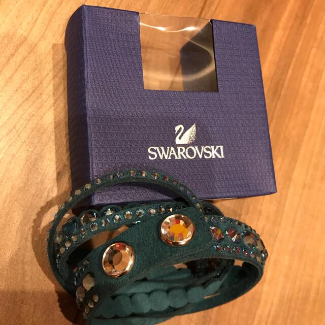 SWAROVSKI(スワロフスキー)のスワロフスキー ブレスレット レディースのアクセサリー(ブレスレット/バングル)の商品写真