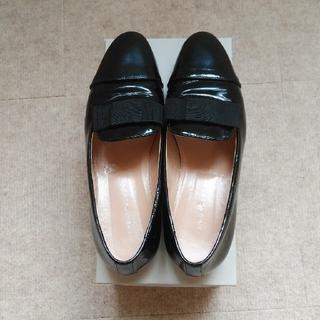 FABIO RUSCONI - FABIO RUSCONI エナメル リボンフラットスリッポンローファー 靴 黒