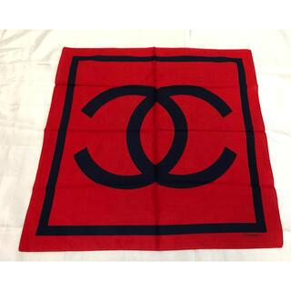 CHANEL - ハンカチ ロゴ 赤