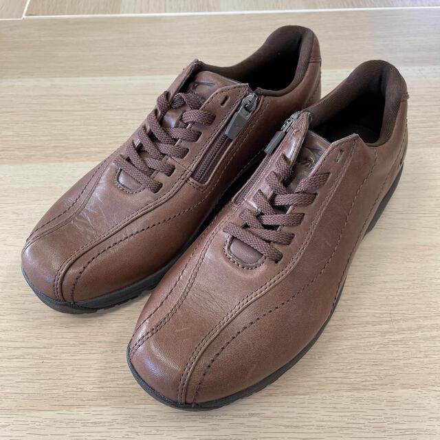 MIZUNO(ミズノ)のミズノ スニーカー 23センチ ウォーキングシューズ レディースの靴/シューズ(スニーカー)の商品写真