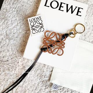 LOEWE - LOEWE ロエベ アナグラム バッグチャーム キーホルダー