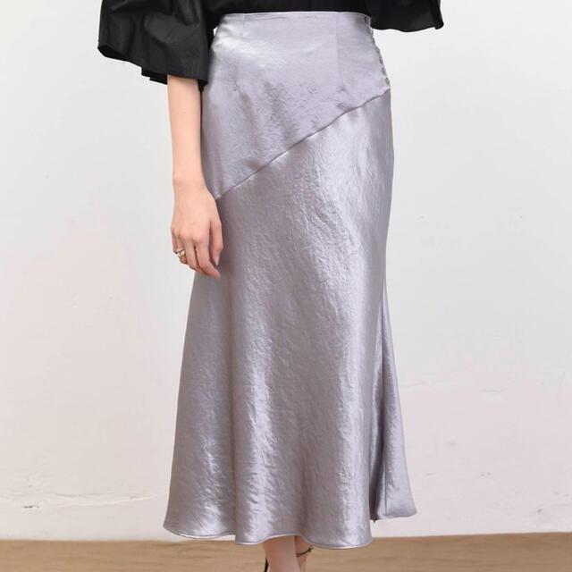 FRAY I.D(フレイアイディー)のrabbitChan様専用【FRAY ID】サイドボタンナローサテンスカート レディースのスカート(ロングスカート)の商品写真
