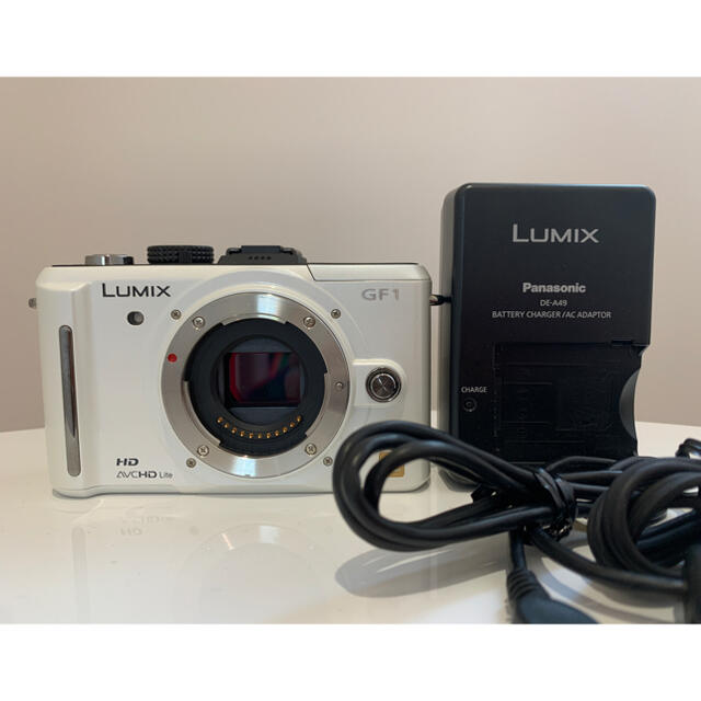 Panasonic(パナソニック)のPanasonic LUMIX DMC−GF1 ルミックス ❤高画質コンパクト❤ スマホ/家電/カメラのカメラ(デジタル一眼)の商品写真